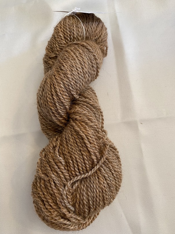WORSTED WEIGHT YARN-MED BROWN
